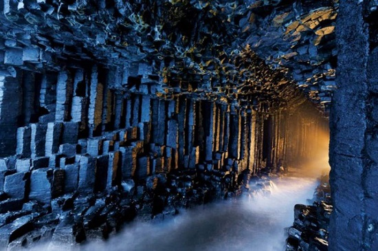 La Grotta di Fingal Scozia