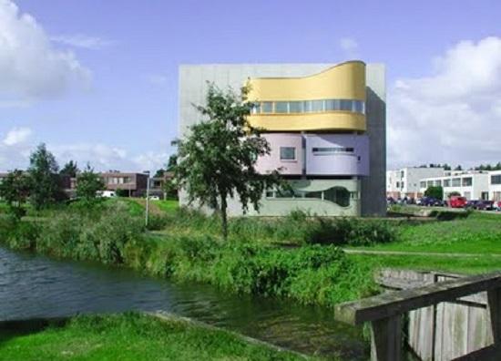 Wall House Groningen Olanda