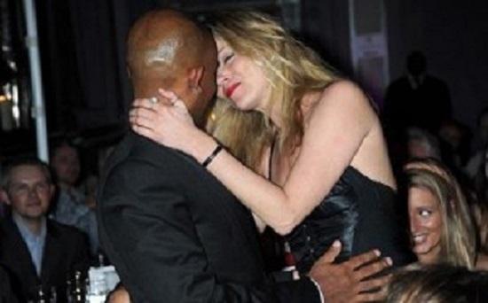 bacio Kate Moss