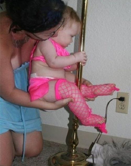 lapdance bambina