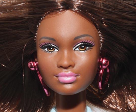 barbie nera razzista