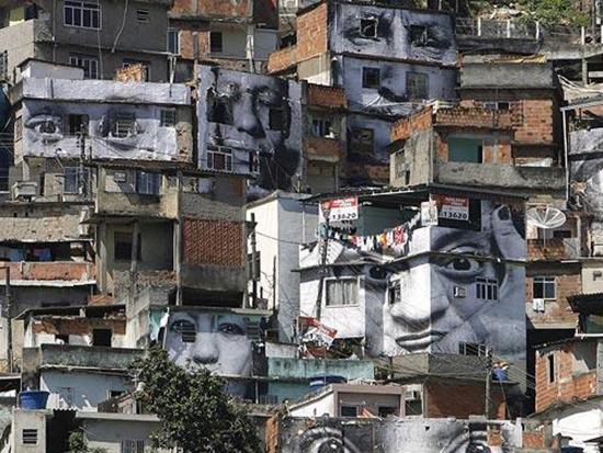 favelas-con-intert
