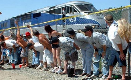 mostrano-sedere-treni