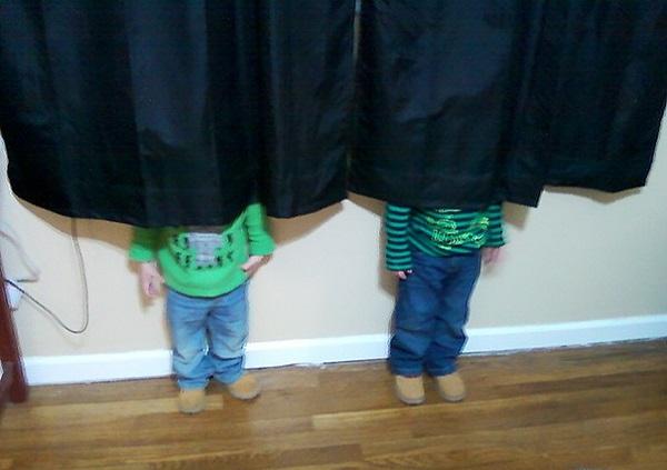 bambini nascondino