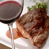Perché si usa accompagnare la carne con il vino rosso ?