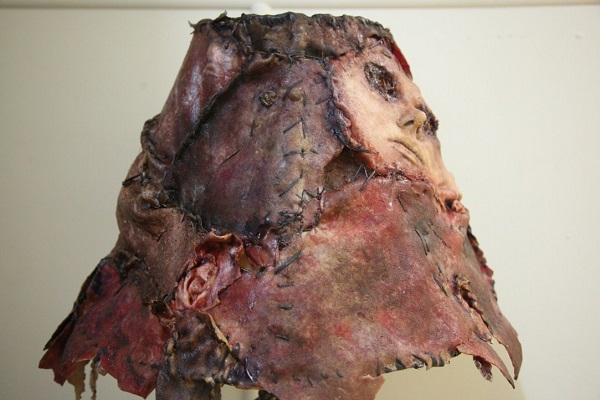 cappello in pelle umana
