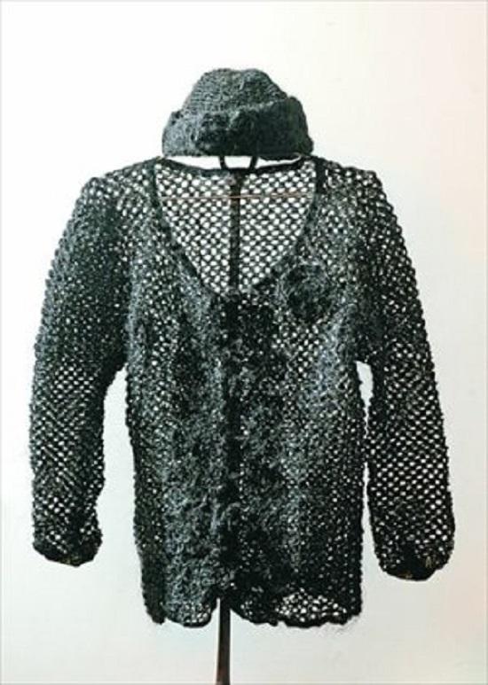 maglione con capelli