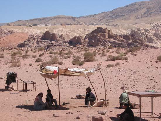 piatto colossale beduino