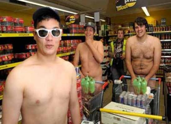 Naked Market il supermercato dove fai la spesa gratis se ti presenti nudo