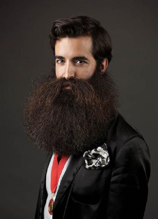 vincitore mondiale 2014 barba e baffi