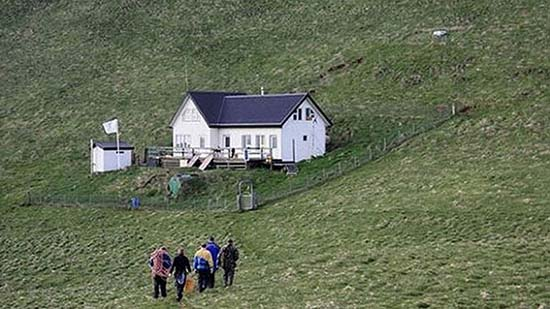 casa isolata Elliðaey Islanda