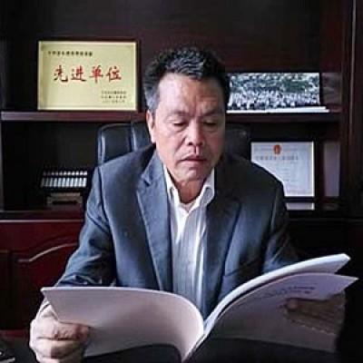 Milionario cinese costruisce case di lusso agli abitanti del villaggio in cui è nato