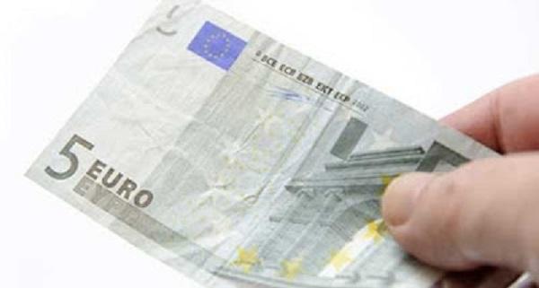 2 anni di carcere per aver rubato 5 euro