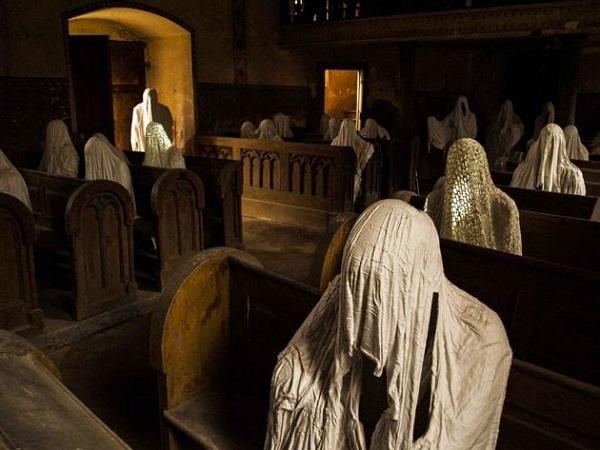 cristiani morte chiesa