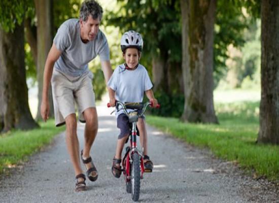 Perchè quando andiamo in bicicletta rimaniamo in equilibrio?