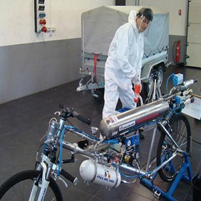 Record di velocità in bici a 330 Km/h