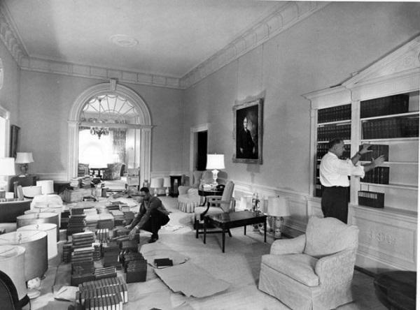 mobili casa bianca america