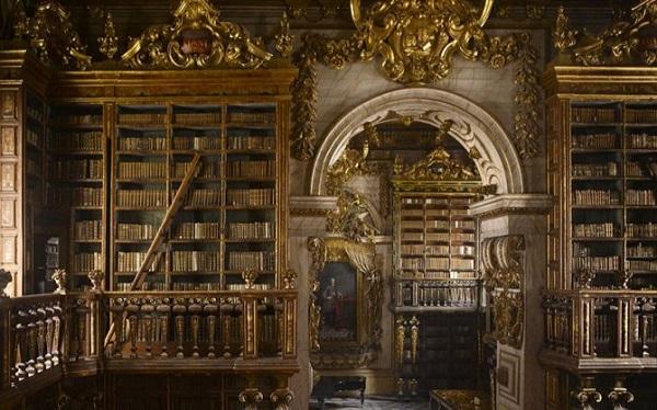 biblioteca joanina in portogallo