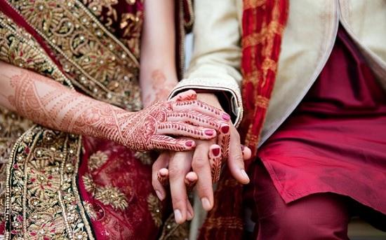 donna sposa invitato matrimonio