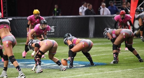 football femminile in lingerie