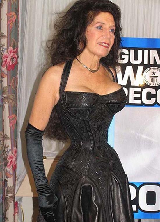 record girovita Cathie Jung