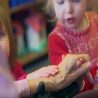 Scuola Materna all'interno di una Casa di Riposo: incredibili i risultati