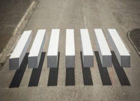 Strisce pedonali 3D per rallentare automobilisti e motociclisti indisciplinati