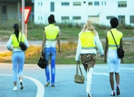 Spagna, giubbotto catarifrangente obbligatorio per prostitute