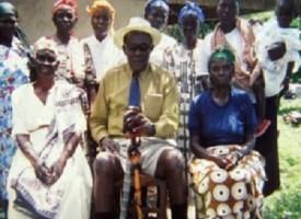 Akuku Danger: morto il maestro della seduzione, ha avuto 130 mogli e 210 figli