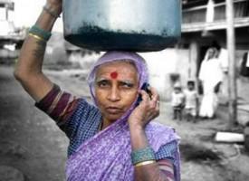 In India più cellulari che toilette