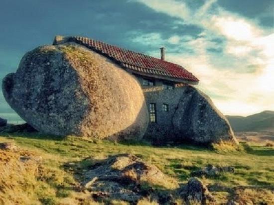 Stone House Guimarães Portogallo