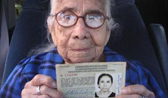 donna-prende-la-cittadinanza-a-101-anni