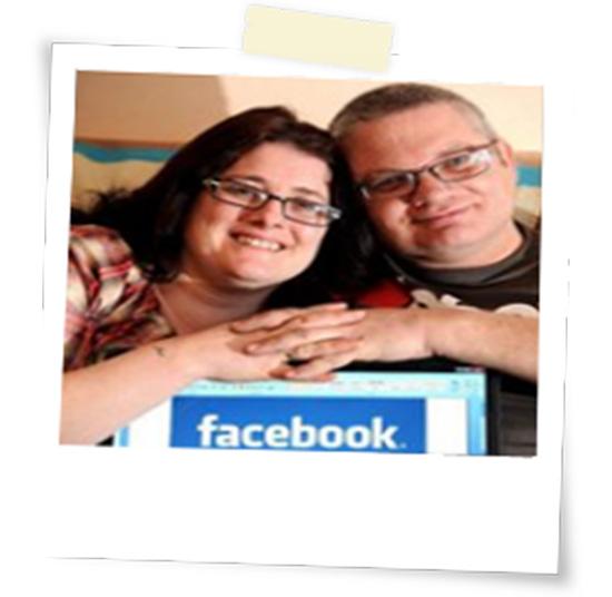 si-sposano-tramite-facebook