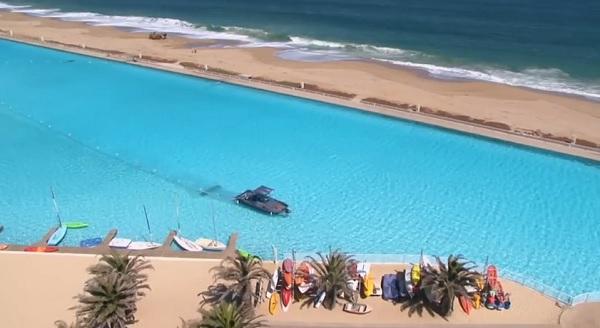 piscina Algarrobo cile