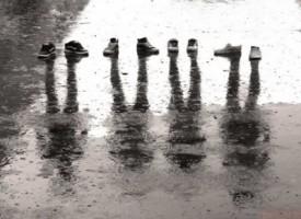 Scandalo in Giappone per la vendita delle scarpe per guardoni
