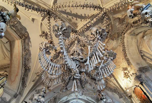 chiesa cattolica ossa