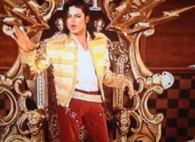 Michael Jackson rivive sul palco grazie a un ologramma