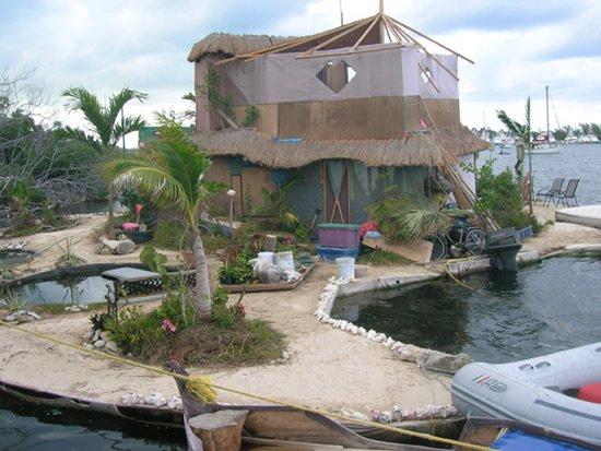 isola di plastica riciclata