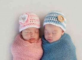 Madre e figlia partoriscono lo stesso giorno nello stesso ospedale