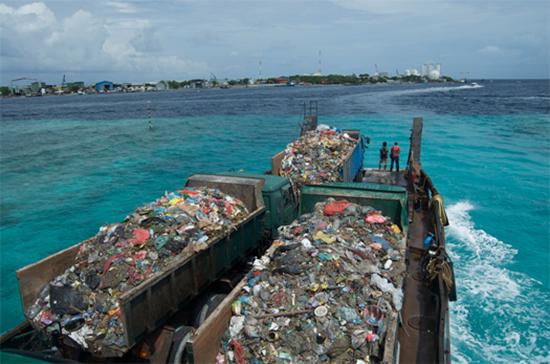 maldive spazzatura