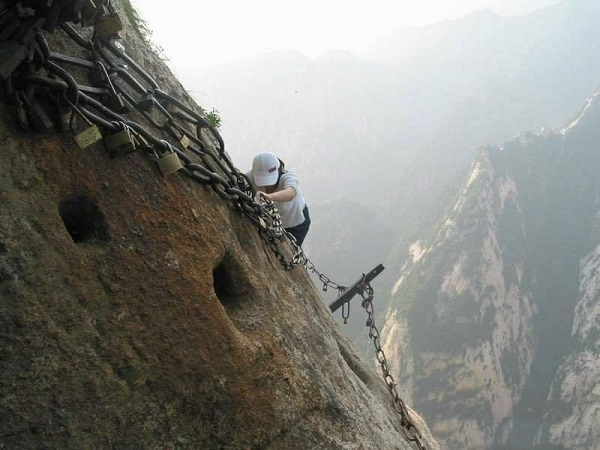 sentiero montagna hua shan
