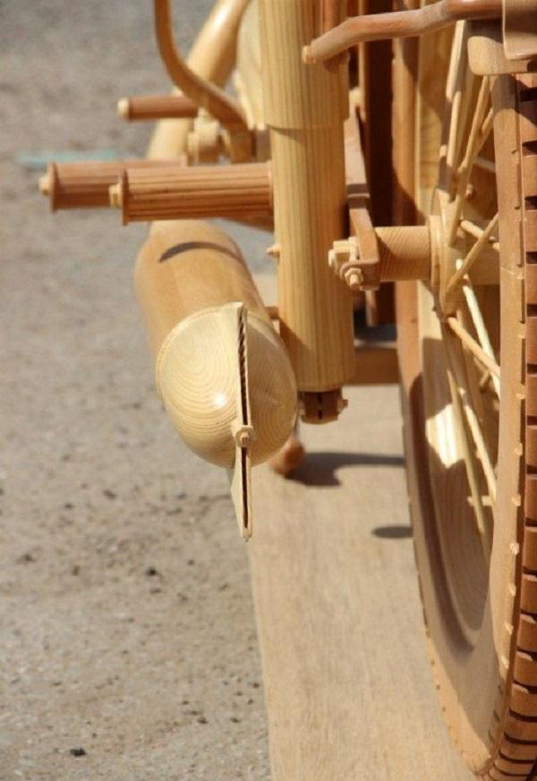 replica moto epoca in legno