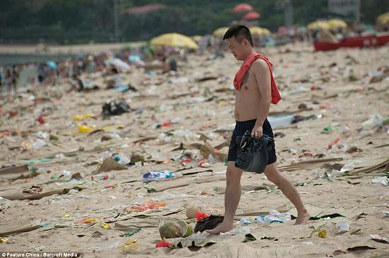 spiaggia cinese sporca