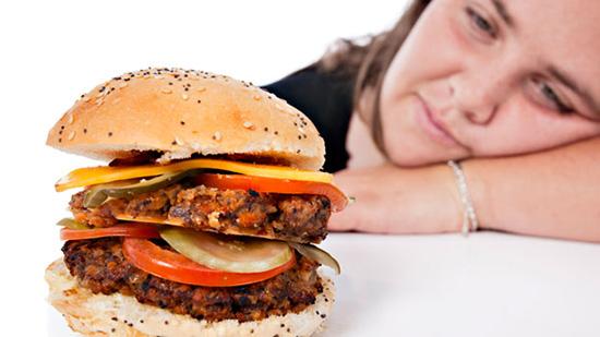 cibo spazzatura fa male umore