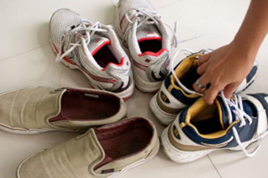 scarpe maleodoranti piede