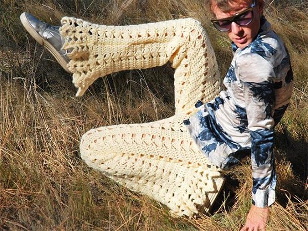 uncinetto pantaloni zampa