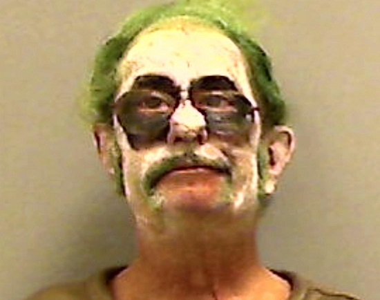 uomo detenuto foto