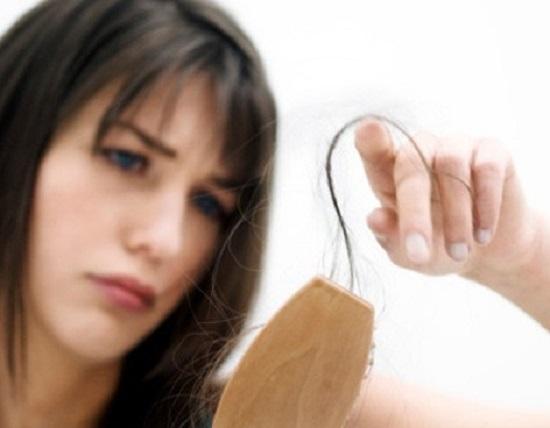 perdita capelli donne