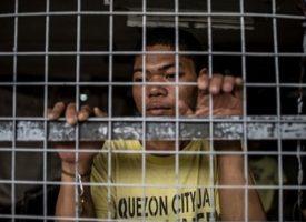 L'inferno di Quezon, la prigione più affollata del mondo